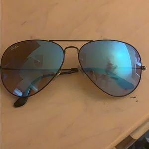 Ray band aviator